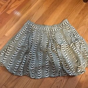 Green and white printed American eagle skirt